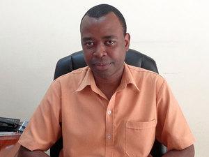 Mr Jeffrey Moses